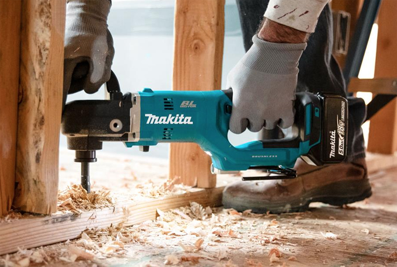 Two New Right-angle Drills from Makita, the XAD05Z and the XAD06Z